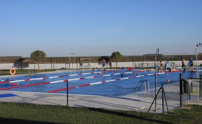 6 plazas de monitor socorrista ayuntamiento de quintanar for Piscina municipal arganda del rey